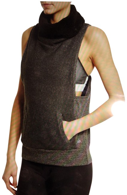 Item - Grey Yoga Frost Winter Sleeveless Sweater Activewear Top Size 4 (S)
