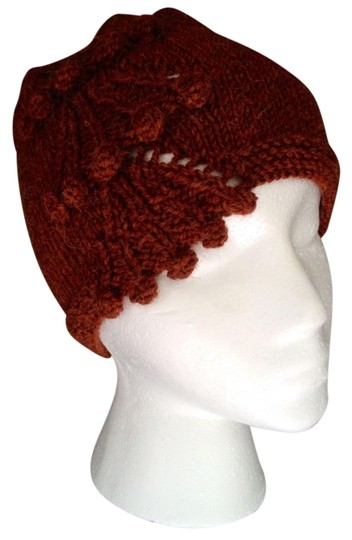 Preload https://item1.tradesy.com/images/dark-russet-decorated-cloche-hat-2323550-0-0.jpg?width=440&height=440