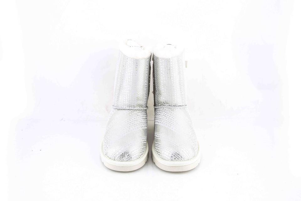 1d34145134a UGG Australia Silver K Bailey Bow Holiday White/Silver Boots/Booties Size  US 4 Regular (M, B) 28% off retail