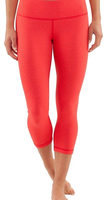 Item - Stripes Fiery Red / Love Red Wunder Under Crop Activewear Size 6 (S)