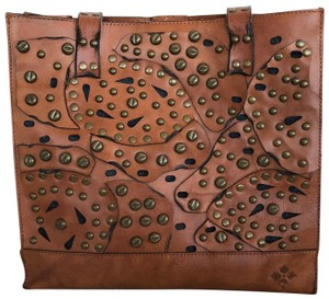 Patricia Nash Designs Exterior Hardware Leather Roomy Tote in Brown