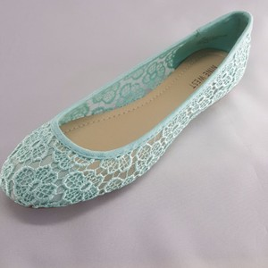 Nine West Mint Flats