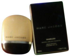 Marc Jacobs Shameless youthful 24hr foundation