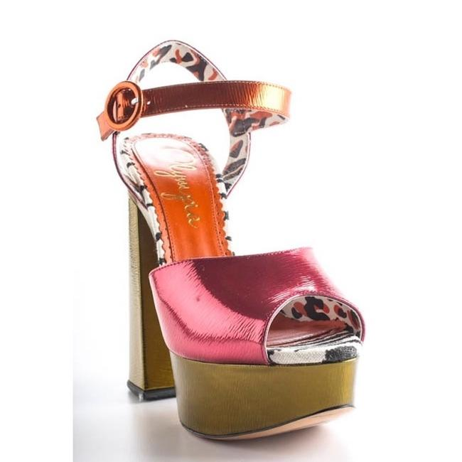 Item - Only Until 5/16 Pink & Green Wild At Heart Strappy Sandals Platforms Size EU 39 (Approx. US 9) Regular (M, B)