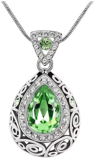 Preload https://img-static.tradesy.com/item/23241773/green-and-silver-new-peridot-9k-white-gold-filled-pendant-necklace-0-1-540-540.jpg