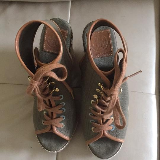 Tory Burch army green with brown trim and laces Sandals