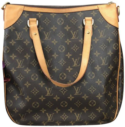 Preload https://img-static.tradesy.com/item/23241848/louis-vuitton-odeon-gm-shoulder-brown-canvas-cross-body-bag-0-1-540-540.jpg