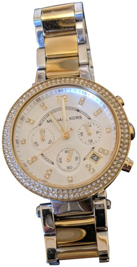 Preload https://item3.tradesy.com/images/michael-kors-gold-and-silver-women-s-tone-wrist-watch-23241962-0-1.jpg?width=440&height=440