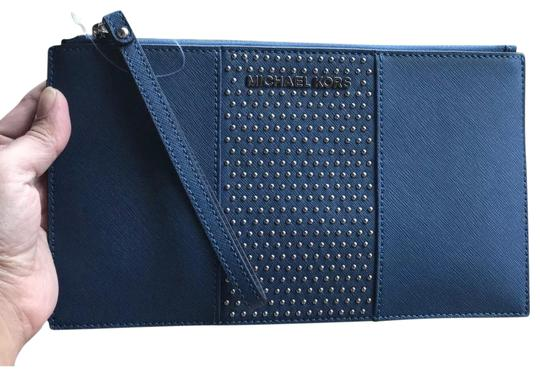 Preload https://item3.tradesy.com/images/michael-kors-jet-set-travel-micro-stud-large-zip-clutch-steel-blue-saffiano-leather-wristlet-23242112-0-1.jpg?width=440&height=440
