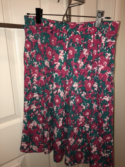LuLaRoe Skirt Green and pink