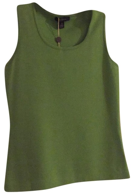 Preload https://item5.tradesy.com/images/st-john-green-bamboo-k919142-tank-topcami-size-petite-2-xs-23242184-0-1.jpg?width=400&height=650