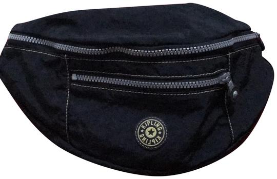 Preload https://img-static.tradesy.com/item/23242200/kipling-belt-black-canvas-wristlet-0-1-540-540.jpg