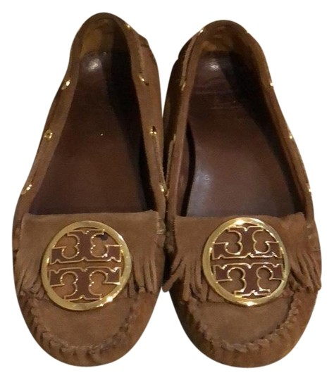 Preload https://img-static.tradesy.com/item/23242212/tory-burch-toffee-alexandra-suede-moccasin-flats-size-us-8-regular-m-b-0-1-540-540.jpg