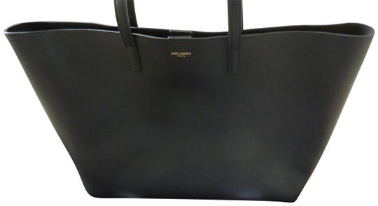 Preload https://item3.tradesy.com/images/saint-laurent-east-west-large-shopping-black-leather-tote-23242262-0-1.jpg?width=440&height=440