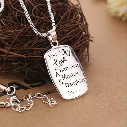 Jewelry Unlimited Love between A Mother & Daughter Silver Necklace SALE!