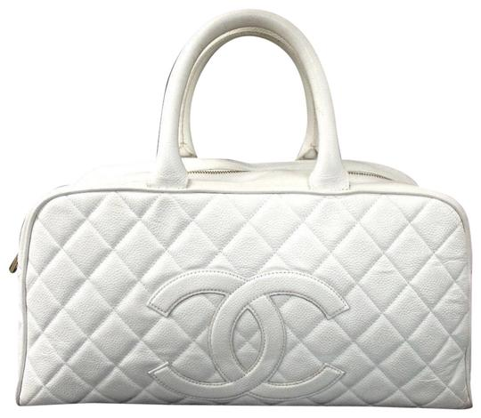 Preload https://item1.tradesy.com/images/chanel-boston-cc-logo-bowler-white-caviar-leather-tote-23242360-0-1.jpg?width=440&height=440