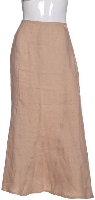 Preload https://item3.tradesy.com/images/chanel-nude-paneled-woven-back-zip-maxi-skirt-size-8-m-29-30-23242407-0-1.jpg?width=400&height=650
