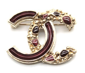 Chanel RARE CC Gripoix Textured gold hardware brooch pin charm