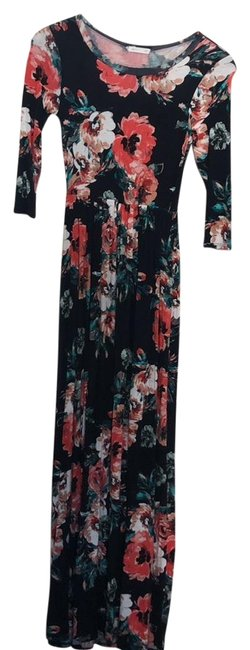 Preload https://img-static.tradesy.com/item/23242471/navy-floral-print-long-casual-maxi-dress-size-4-s-0-1-650-650.jpg