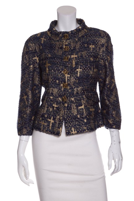 Preload https://item5.tradesy.com/images/chanel-blue-and-gold-long-sleeve-tweed-spring-jacket-size-8-m-23242474-0-0.jpg?width=400&height=650