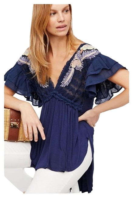 Preload https://item5.tradesy.com/images/free-people-black-flowy-embroidered-tunic-size-6-s-23242554-0-1.jpg?width=400&height=650