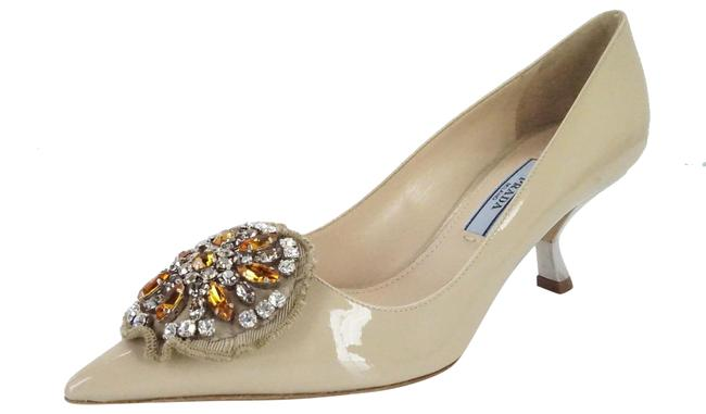 Item - Beige Nude Patent Beaded Crystal Broach Mid Heel Pointy Pumps Size EU 35 (Approx. US 5) Regular (M, B)