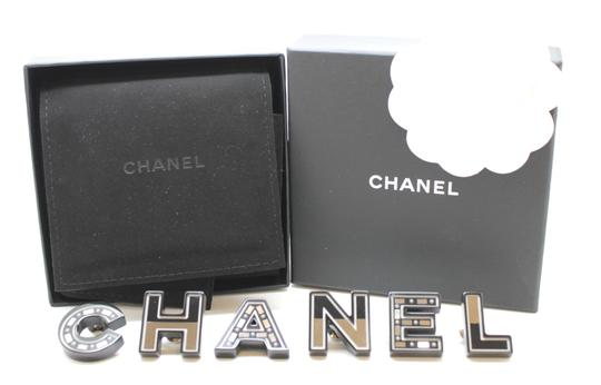 Chanel Ultra RARE Logo Spelled Out Pearls Inlay 6 Piece Mirror brooch pin