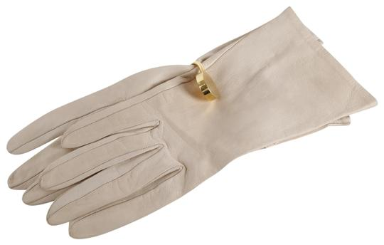 Preload https://item3.tradesy.com/images/cream-soft-leather-gloves-scarfwrap-23242772-0-1.jpg?width=440&height=440