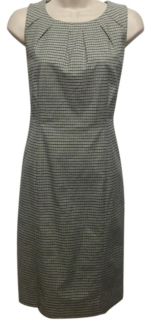 Preload https://item1.tradesy.com/images/michael-michael-kors-tattersall-plaid-mid-length-workoffice-dress-size-6-s-23242855-0-1.jpg?width=400&height=650