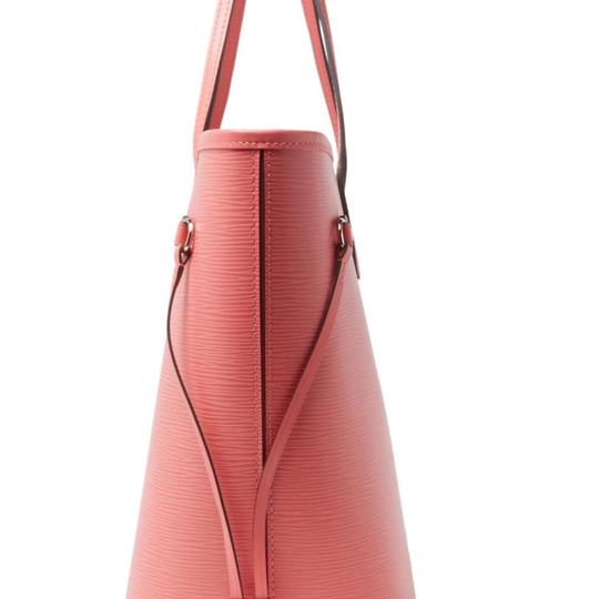 Louis Vuitton Tote in Rose Pink. Collection color
