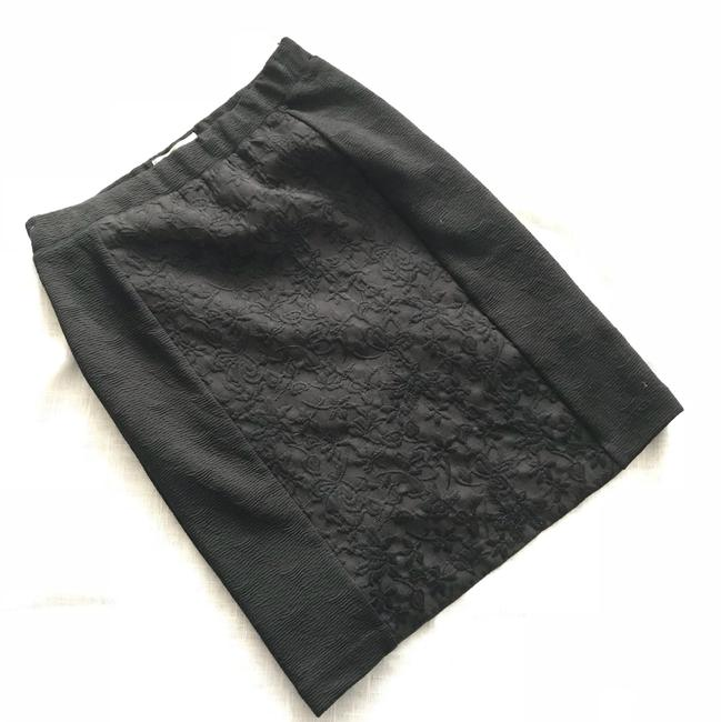 Preload https://img-static.tradesy.com/item/23243162/anthropologie-skirt-0-0-650-650.jpg
