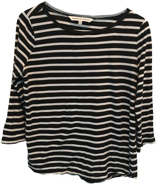 Preload https://img-static.tradesy.com/item/23243203/cupcakes-and-cashmere-black-white-stripe-mendocino-pullover-cupca3001912867114-tee-shirt-size-4-s-0-1-650-650.jpg