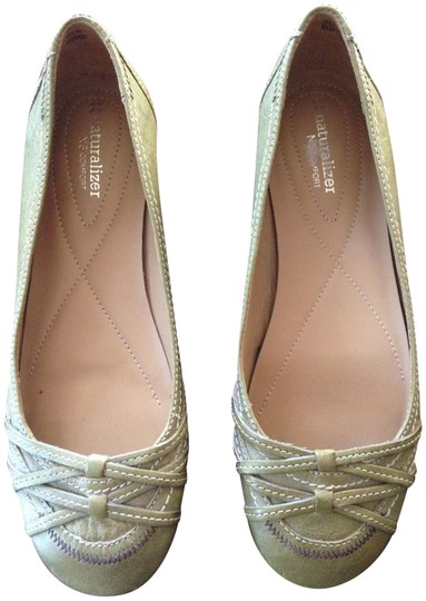 Naturalizer Light green Flats