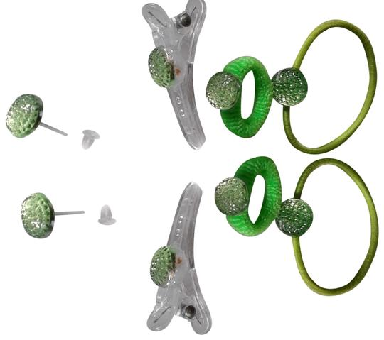 Preload https://img-static.tradesy.com/item/23243396/green-jewelry-set-set-hair-accessory-0-1-540-540.jpg