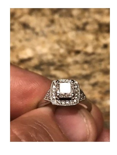 Jared Near Colorless 1.18cts Engagement Ring