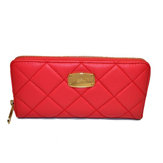 Preload https://img-static.tradesy.com/item/23244244/michael-kors-watermelon-hamilton-quilt-zip-around-leather-wallet-0-0-540-540.jpg