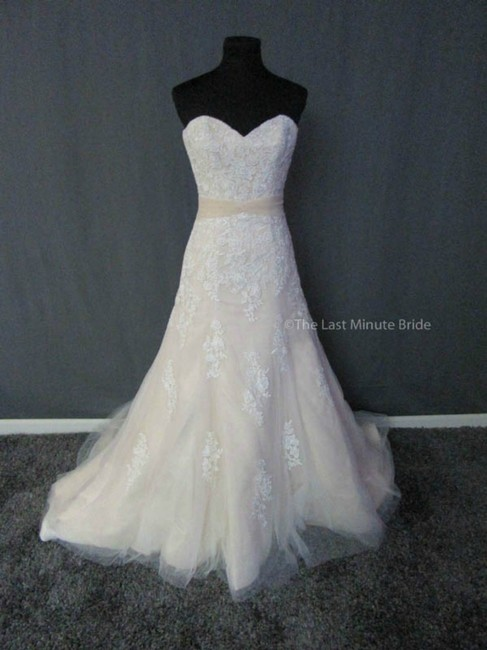 Item - Peach/Champagne Lace 1507 Feminine Wedding Dress Size 4 (S)