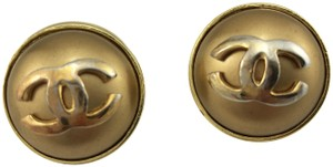 Chanel Limited Edition Classic Large Gold Pearl CC Logo Clip on Earrings