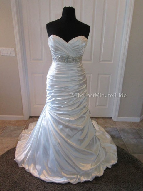 Item - Ivory Satin Adorae Jsm1307 Feminine Wedding Dress Size 2 (XS)