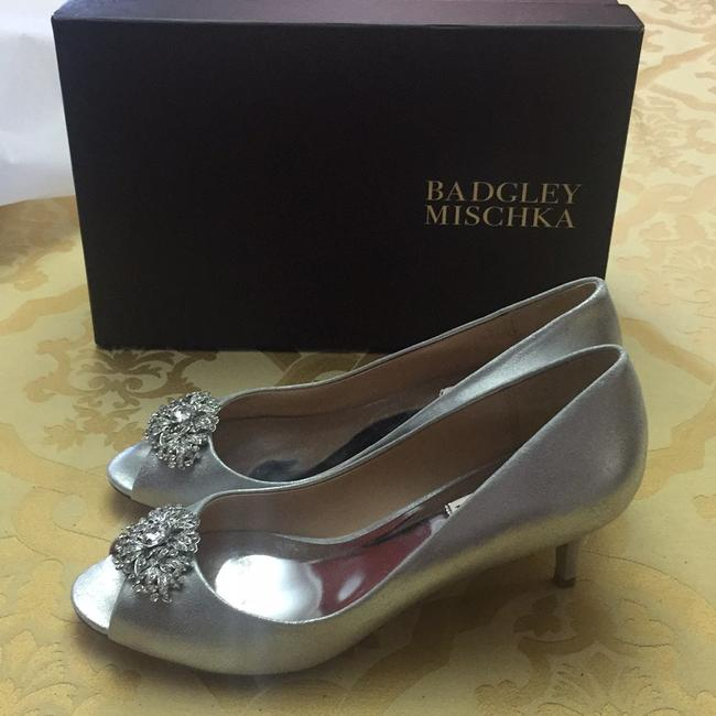 Item - Silver Layla Pumps Size US 8.5 Regular (M, B)