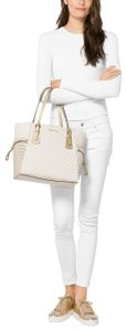Michael Kors Signature Voyager East/West Signature Shoulder Tote in Vanilla / Gold Star Studd