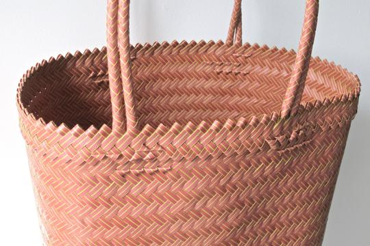 Other Tote Handwoven Plastic Mauve and Mustard Beach Bag
