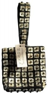 Moyna Vintage Embellished Party Wristlet in Black with off white shell/bead detail