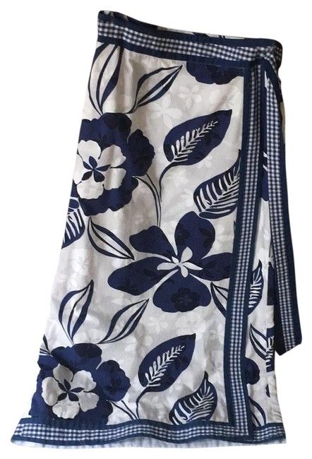 Item - Navy and White Summer Collection Long Casual Maxi Dress Size 8 (M)