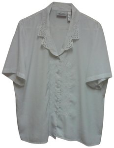 Kathie Lee Collection Embroidered Short Sleeve Lapel Collar Button Down Shirt White