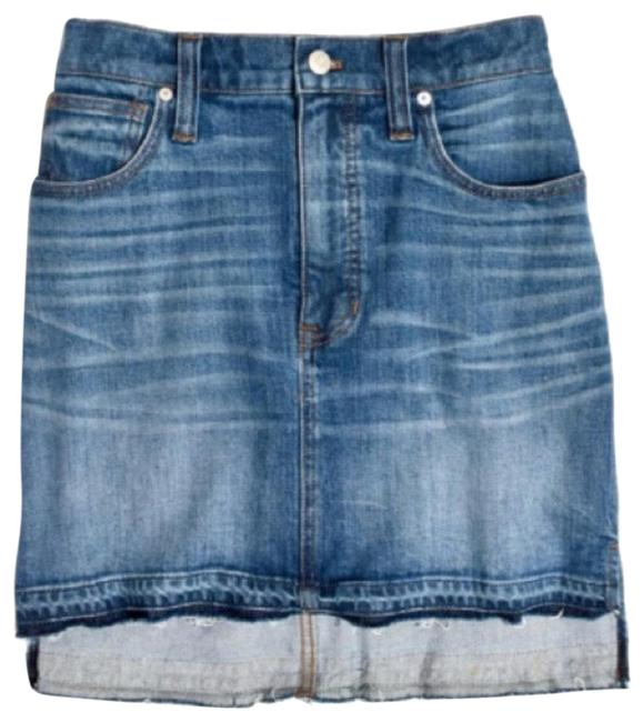 Preload https://img-static.tradesy.com/item/23254918/madewell-denim-skirt-size-0-xs-25-0-1-650-650.jpg