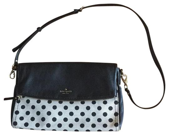Preload https://img-static.tradesy.com/item/23255092/kate-spade-shoulder-bagcrossbody-black-and-ivory-pebbled-leather-canvas-cross-body-bag-0-1-540-540.jpg