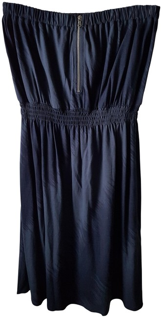 Preload https://img-static.tradesy.com/item/23255586/gap-blue-navy-strapless-short-casual-dress-size-4-s-0-1-650-650.jpg