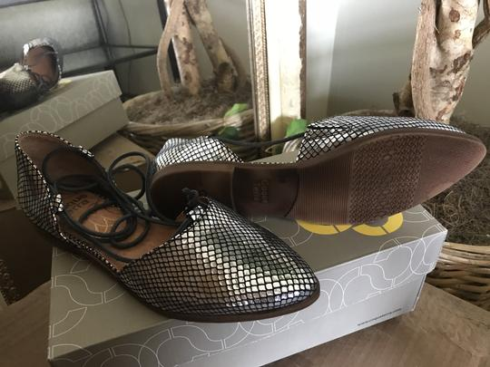 Coque Terre Ankle Lacing Leather Silver Snake Flats