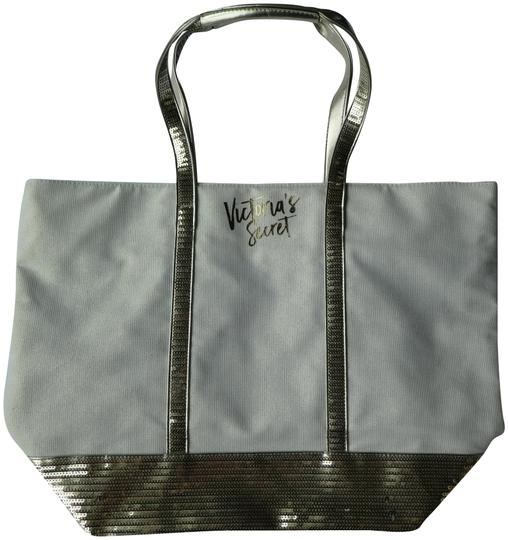 Preload https://img-static.tradesy.com/item/23256366/victoria-s-secret-new-silver-sequin-tote-0-1-540-540.jpg